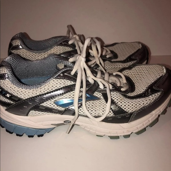 1efe78b95e7 Brooks Shoes - Brooks adrenaline gts x size 9EE go to series